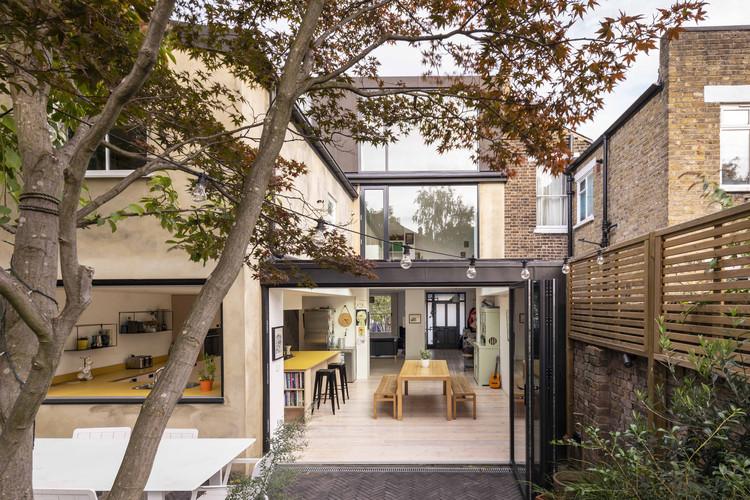 The Coach House / Studio 30 Architects, © Salt productions