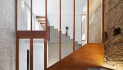 Jordi & Anna interior renovation  / Hiha Studio
