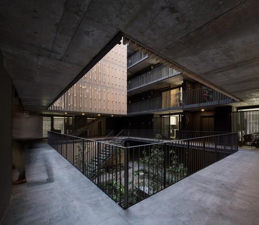 Edificio Echeñique 46 / Talhouk + Arquitectos Asociados