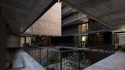 Echeñique 46 Building / Talhouk + Arquitectos Asociados