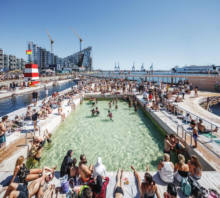 Por la gente, para la gente: qué es la arquitectura pública, según nuestros lectores, Aarhus Harbor Bath / BIG. Imagem: © Rasmus Hjortshøj