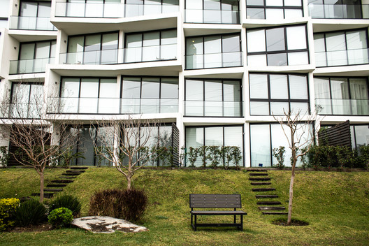 Edificio ethérea / rdlp arquitectos