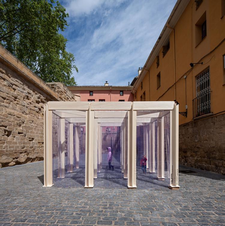 16 pabellones efímeros que reflexionan sobre el espacio público, 3x3 de Vaumm. Image © José Manuel Cutillas