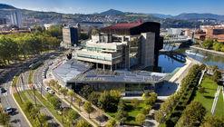 Clásicos de Arquitectura: Palacio de Congresos y de la Música (Palacio Euskalduna) / Federico Soriano & Dolores Palacios