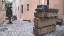 Memória e política: Giselle Beiguelman inaugura duas instalações de arte no Museu da Cidade em São Paulo