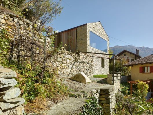 Bornet House / Savioz Fabrizzi Architectes