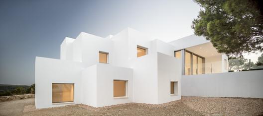 Villa Catwalk / NOMO STUDIO