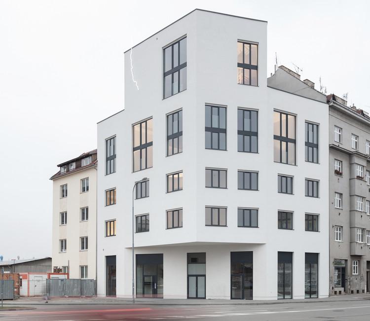 Urban Infill Lofts / CHYBIK + KRISTOF , © Alexandra Timpau
