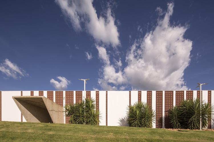 Juizado Especial Cível e Criminal de Unileão / Lins Arquitetos Associados, © Joana França