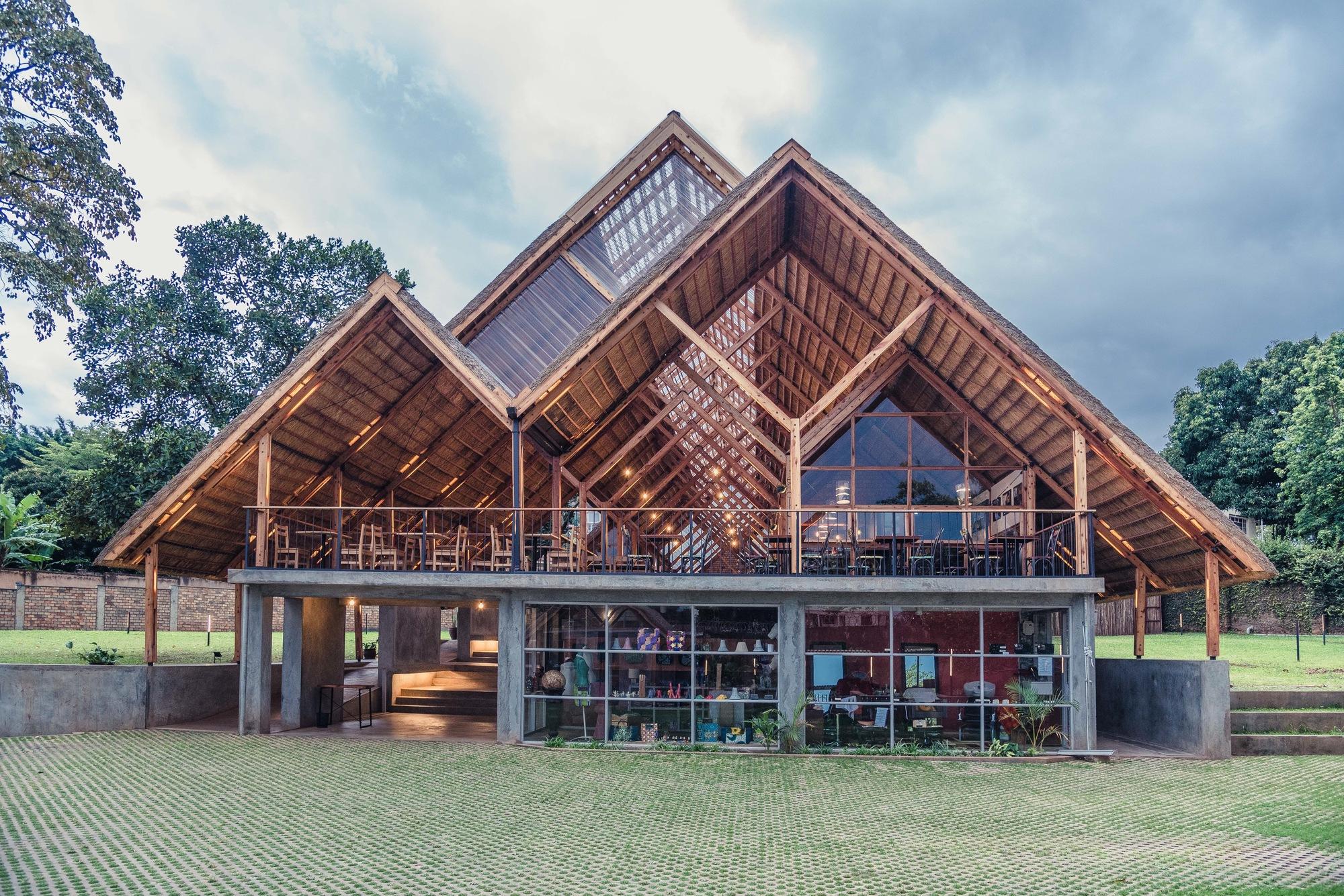 Yamasen Japanese Restaurant Terrain Architects Archdaily