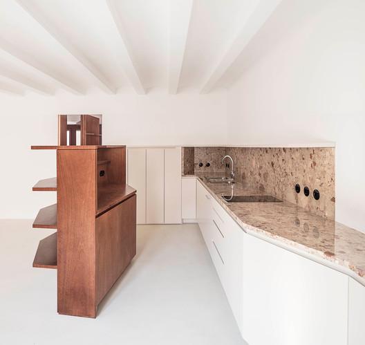 Reforma (in)muebles sobre el lienzo / H3O