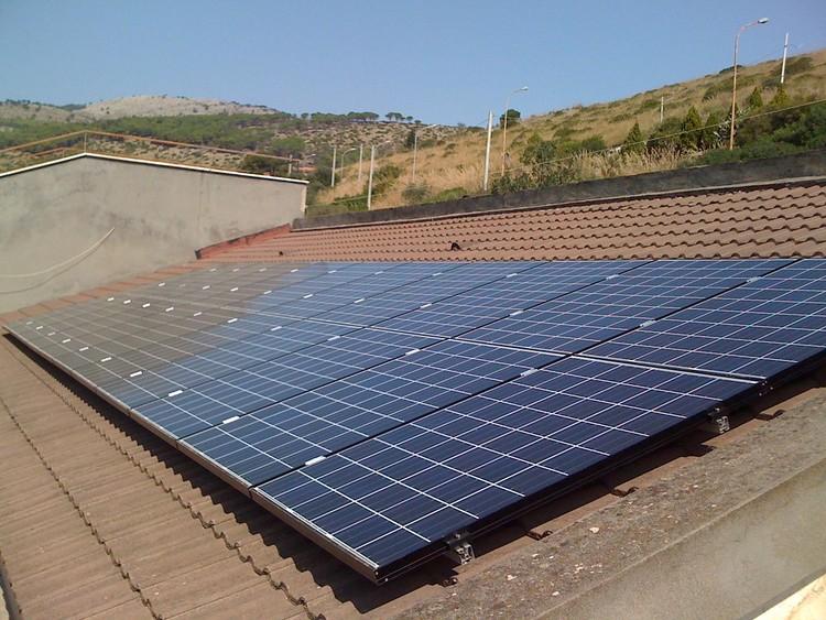 Nova lei incentiva uso da energia solar na cidade de São Paulo, Foto: Luigi Versaggi, via Flickr; licença CC BY-SA 2.0