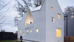 Haus Gables / MALL