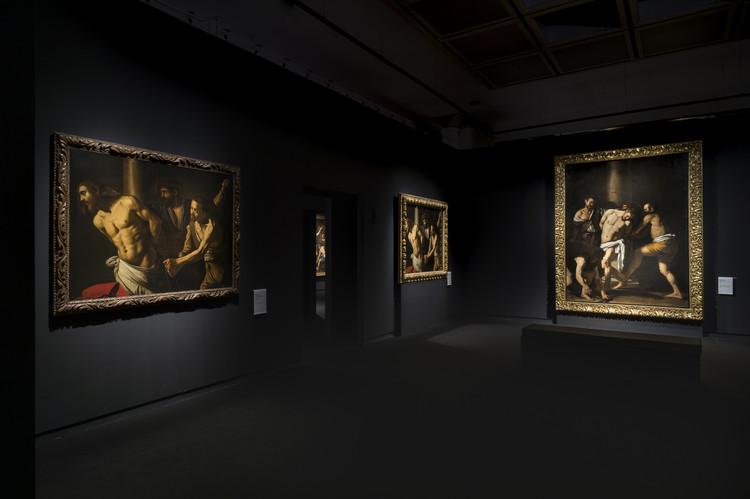 Expografia Caravaggio Napoli / COR arquitectos + Flavia Chiavaroli, © Francesco Squeglia