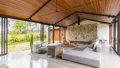 Casa Haras / 24 7 Arquitetura