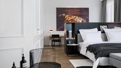 Hotel Adriatic / 3LHD