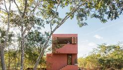 Casa de monte / TACO taller de arquitectura contextual