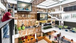 Building 83 Interior Architecture / Bora Architects