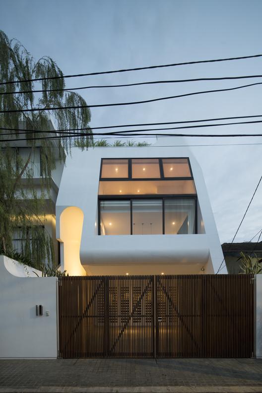 Haliman House / W Office