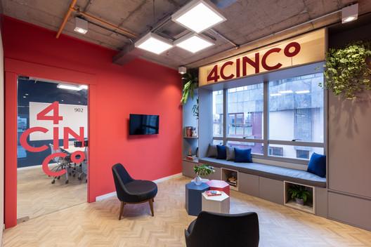 Escritório 4Cinco / Victoria Rizzo Arquitetura