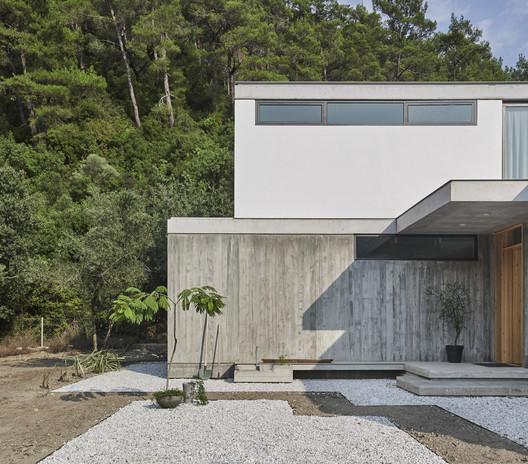Citlik House / PIN Architects