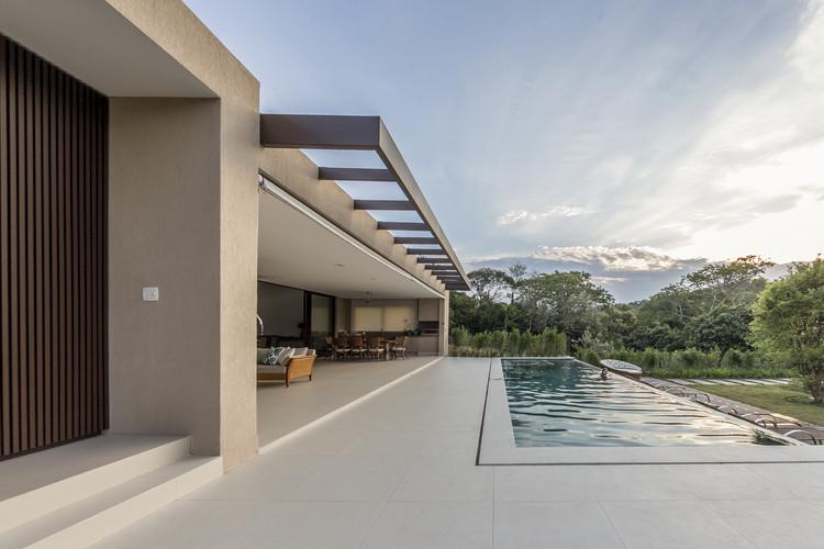 SF Residence / Belluzzo Martinhao Arquitetos, © Jo Leão