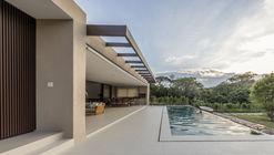 SF Residence / Belluzzo Martinhao Arquitetos