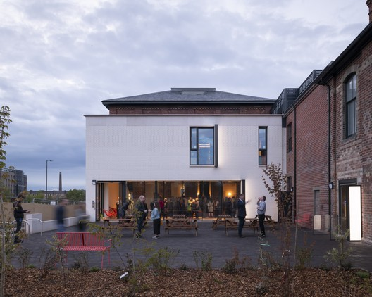 Printmakers Edimburgo / Page \ Park Architects