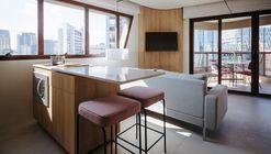 AL122 Apartment / Gabriela Estefam + Augusto Kenji