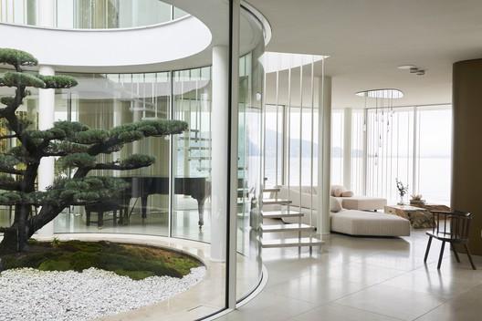 Villa Mosca Bianca House / Design Haus Liberty