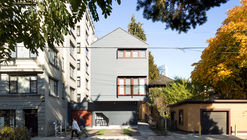 Missing Middle Infill Housing / Haeccity Studio Architecture