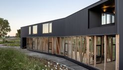 Maitenes House / Ignacio Correa