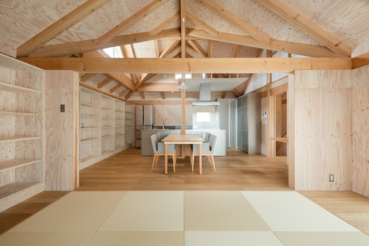 House in Shimomuraki / Aki Hamada Architects