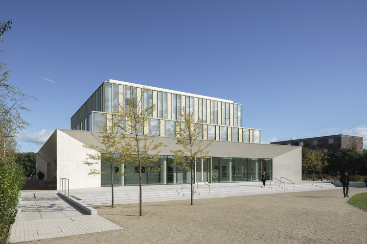 Confucius Institute at UCD Belfield Campus / Robin Lee Architecture, © Donal Murphy