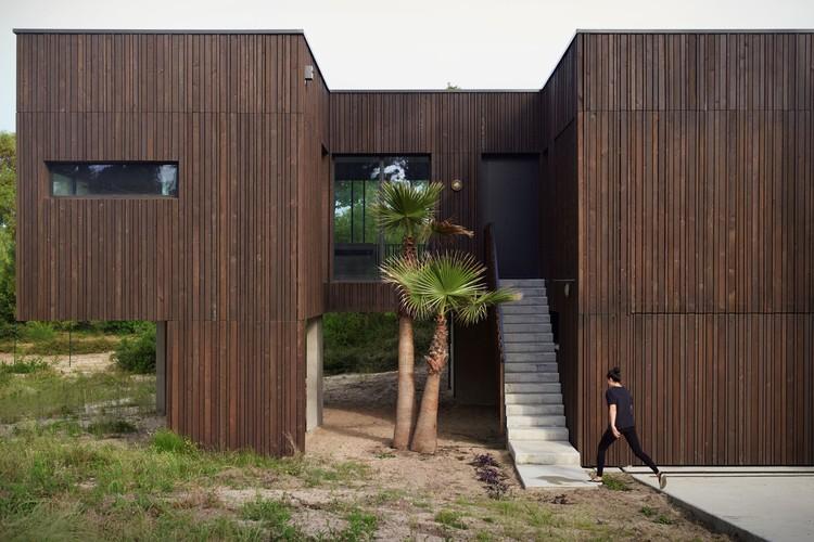 La Maison des Landes / Maud Caubet Architects, © Julien Lanoo