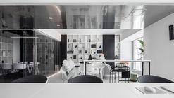 White Box Office / Zhibai Design Studio