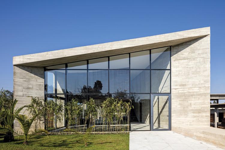 Braga House / Gustavo Penna Arquiteto e Associados, © Leonardo Finotti