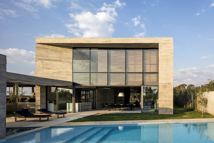 Casa Braga / Gustavo Penna Arquiteto e Associados, © Leonardo Finotti