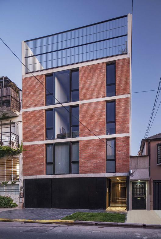 Pedraza Building / A3 Luppi Ugalde Winter, © Alejandro Peral