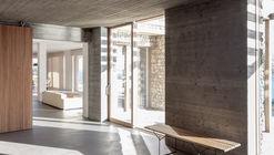 LJ House / Pietra Alborno