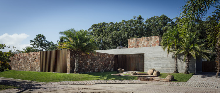 Casa Charqueadas / Rmk! Arquitetura, © Cristiano Bauce