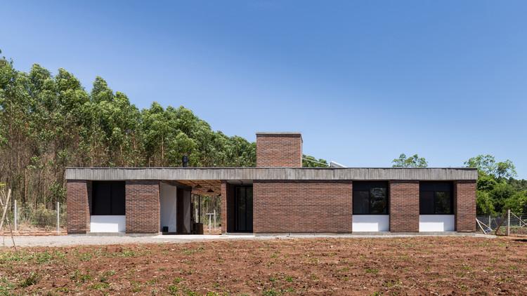 JM House / Troyano Arquitetura, © Marcelo Donadussi