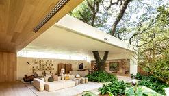Casa da Árvore Casa Cor 2018 / Suite Arquitetos