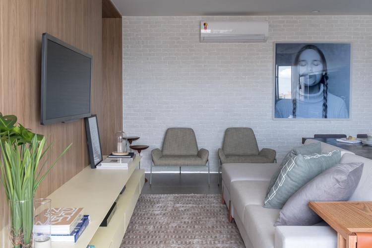 Apartamento DT / Traama Arquitetura, © Haruo Mikami