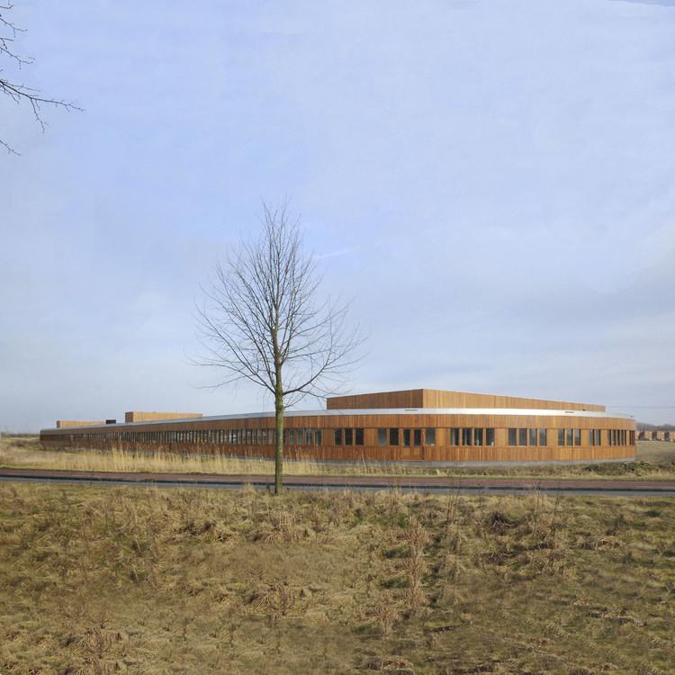 Rietwierde Community School / Moke Architecten, © Thijs Wolzak