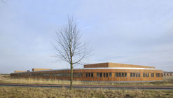 Rietwierde Community School / Moke Architecten