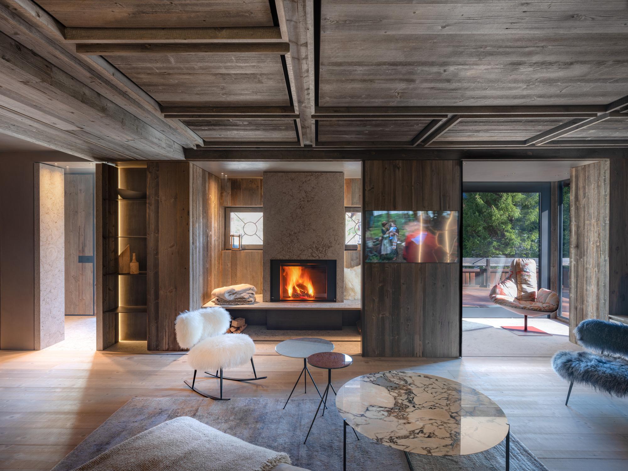 Interiores da Casa Cortina / Outlinestudio74