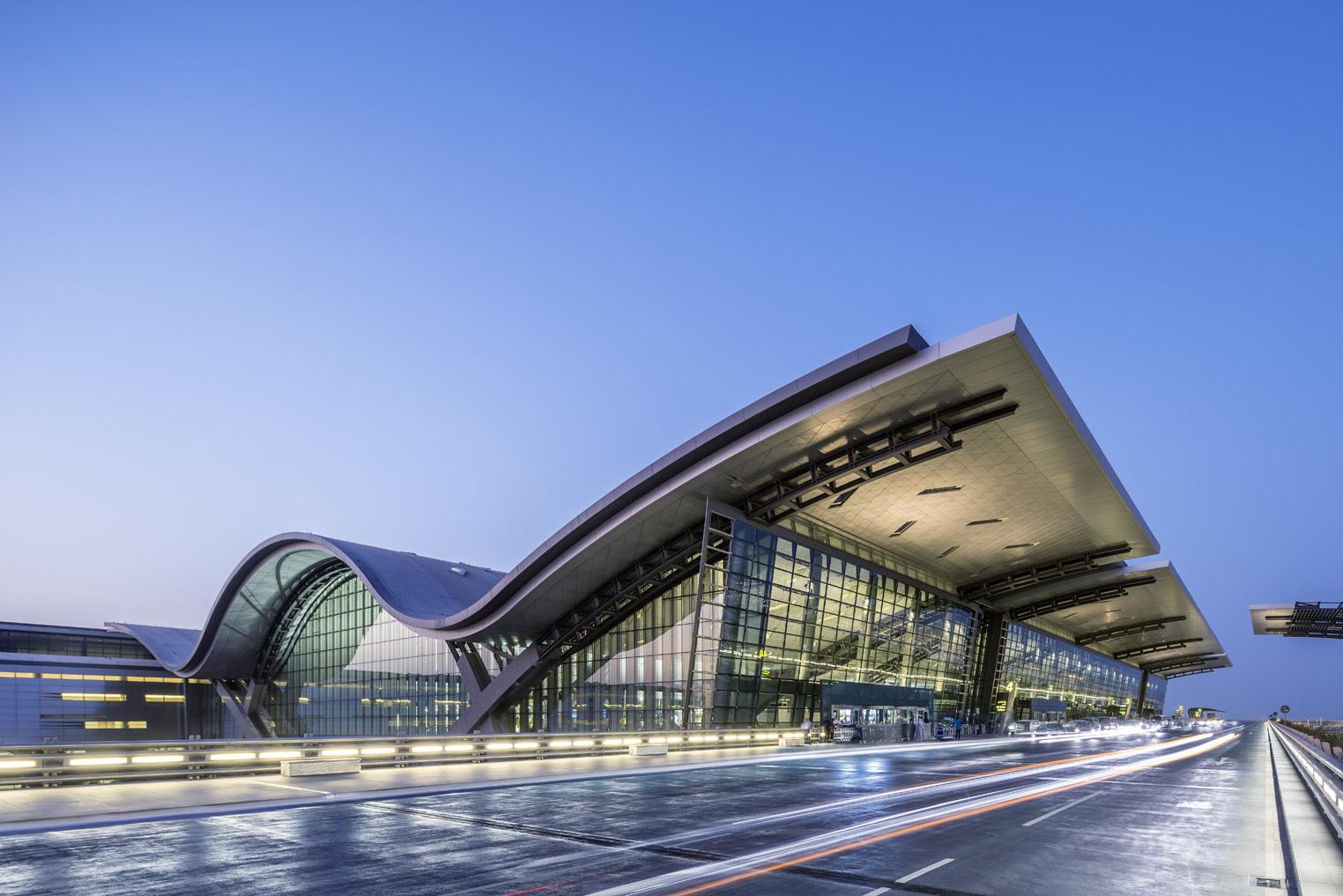 """Qatar Airways afirma ser a maior companhia aérea do mundo após três anos de bloqueio """"ilegal"""""""