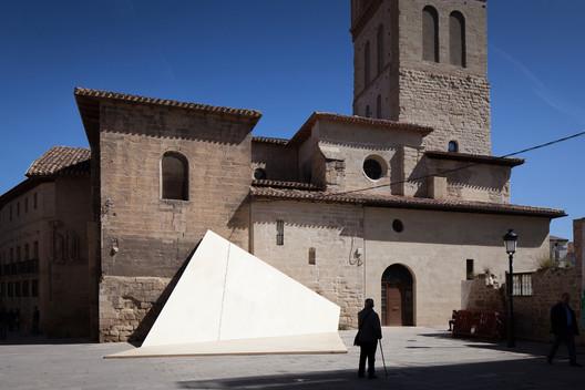 La Hoja Installation / FAHR 012.3