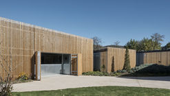 La Arboleda Community Center / Picado - De Blas Arquitectos
